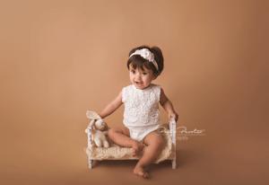 sesion de fotos nene 1 año en estudio