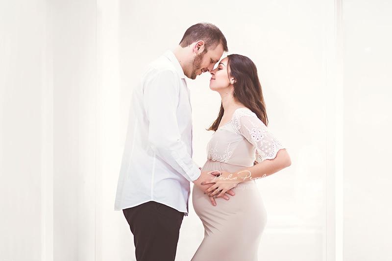 sesion de fotos de embarazo en domicilio